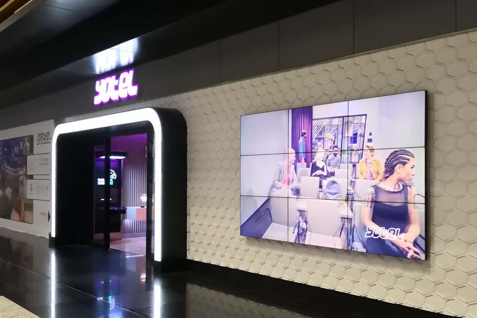istanbul Airport Yotel 3x3 Videowall