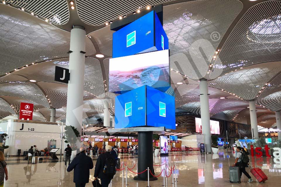 ledasdo_indoor_ic_mekan_p2.5_istanbul_havalimanı_airport_led_ekran_doner_rotary_tower_screen_kule